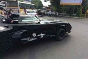 batman-car-pune