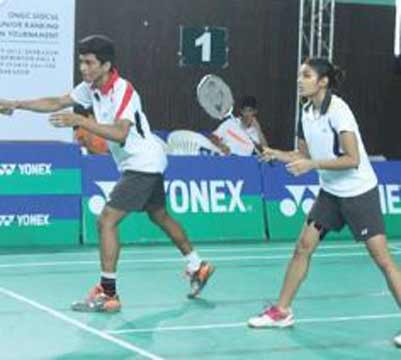 kuhoo-garg-wins-gold-in-All-India-Junior-Ranking-Badminton-Tournament