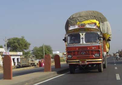 truck-strike-india