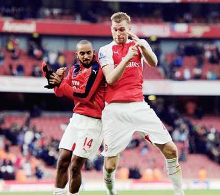 arsenal-defeat-manchester-united-3-0